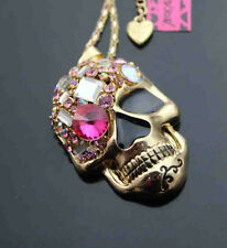 A673F   Betsey Johnson  Crystal Skull Pendant Sweater  Necklace