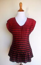 CATO WOMAN ~ 14W 16W 1X RED BLACK SATIN ACCORDION PLEATED BLOUSE