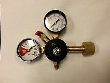 CARBON DIOXIDE CO2 GAS  REGULATOR - BEER KEGERATOR HOME BREW - NEW