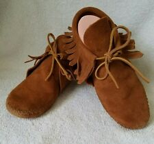Minnetonka Moccasins 482 Womens Fringed Softsole Boot Suede Leather Size 6-7