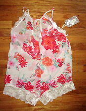 """Band of Gypsies """"gypsy nights"""" lace trim floral Romper Jumper Shorts Size M"""