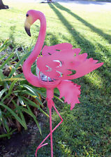 PINK FLAMINGO LAWN ORNAMENT WITH SOLAR LIGHT DECORATION ORNAMENT BACKYARD HOME