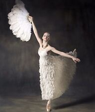NWT ALICE+OLIVIA Sz8 EADDY FAUX FEATHER EMBELLISHED LACE BALL GOWN WHITE $1,998.