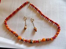 ANTIQUE MURANO GLASS RED & ORANGE GRADUATING NECKLACE WITH 9CT GOLD EARRINGS