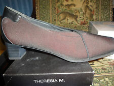 Theresia M, Dress Shoe, ISABELLE, Bordo/Black  Women's Size 10 N