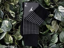 NIKE AIR JORDAN JUMPMAN Stencil Crew Socks Size: UK 5-8 (EUR 38-42) BNWT