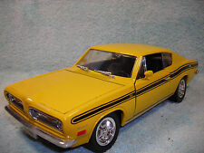 1/18 1969 PLYMOUTH BARRACUDA 383CI. HARD TOP IN YELLOW BY YAT-MING NO BOX.