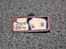 DISNEY PIN SNOW WHITE & THE SEVEN DWARFS REAR VIEW MIRROR 2007 HIDDEN MICKEY
