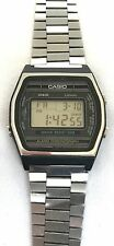 VINTAGE CASIO MARLIN LEFTIE W-21 152 RARE JAPAN WATCH W21 DIGITAL AS IS NO SOUND