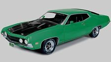 1:18 AUTOWORLD /ERTL    1970 Ford Torino Cobra Grabber Green