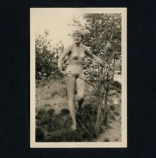 #217 RÖSSLER AKTFOTO / NUDE WOMAN STUDY * Vintage 1950s Outdoors Photo - no PC !