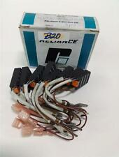 RELIANCE ELECTRIC CARBON MOTOR BRUSH LOT OF 7  RE690-A NIB