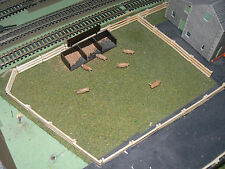 3 FEET WOODEN FENCING TO SUIT HORNBY