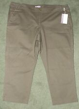 NWT Ladies Cropped Trousers size 24