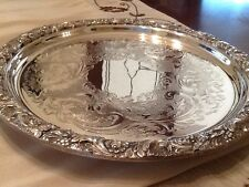 BEAUTIFUL VINTAGE SILVER PLATED CHASED FOOTED DRINKS TRAY