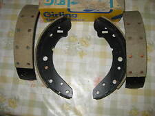 HILLMAN HUNTER & SUNBEAM ALPINE RAPIER FASTBACK & HUMBER (1968-79) - BRAKE SHOES