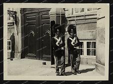 kopenhagen-Dänemark-1930 er-Schloss-Wache-Bärenfellmütze-Soldat-14