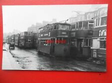 PHOTO  LONDON TRANSPORT TRAM NO 2072 AT NEW CROSS 30/9/50 ON ROUTE TO PENHALL RD