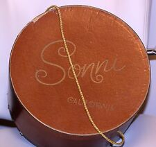 "Vintage 1950 SONNI CALIFORNIA BROWN HATBOX hat box GOLD BRAIDED HANDLE12 1/2"" D"