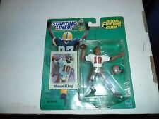 2000-2001  STARTING LINEUP FOOTBALL SHAUN KING  FIGURE & CARD