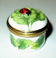 HALCYON DAYS ENAMEL BOX - THREE DIMENSIONAL LADY BUG ON A LEAF - LADY BUGS