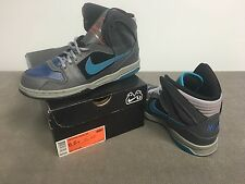 Nike Oncore High Jr (407719 001) Hightop Shoes (size 6.5Y)
