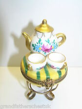 LIMOGES FRANCE PORCELAIN MARQUE DEPOSEE TEA SET ON TABLE TRINKET BOX PEINT MAIN