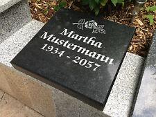 Grabmal Grabstein Granitplatte Naturstein Liegeplatte mit Beschriftung/ Ornament