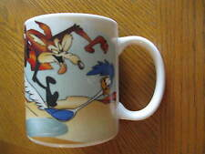 1994 Warner Bros. Looney Tunes Coffee Mug Capricorn Wile E Coyote Road Runner