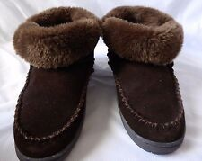 Minnetonka Dark Brown Slipper Shoes Flat Ankle Boots Booties Sherpa Suede Size 6