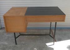 Bureau vintage style Paulin Guariche ARP chêne et formica @