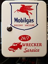 MOBILGAS 1950S GAS OIL SERVICE STATION KEY BOX NEW