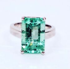 Lost Treasure 8ct Colombian Emerald Platinum Ring