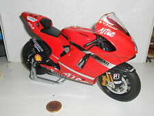 PROTAR DUCATI DESMOSEDICI WORLD CHAMPION STONER SCALA 1/9