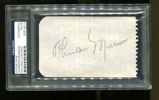 Thurman Munson Signed Cut 3x5 Autographed Yankees PSA/DNA 83816413 Very Nice