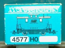 M&B Marklin HO 4577 caboose Penn Central