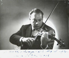 Original Photo. Portrait of Isaac Stern - Signed by the sitter - June 30, 1952