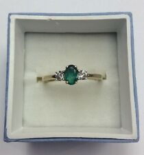 14K REAL YELLOW GOLD Women's Natural Emerald & .20ct Diamond RING SZ 7 / 2.5g