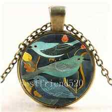Vintage Beautiful Bird Photo Cabochon Glass Bronze Chain Pendant Necklace