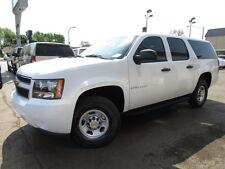 Chevrolet: Suburban 2500 LS 4X4