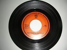 Petula Clark - Don't Sleep In The Subway  45 Warner Brothers  VG+NM  1967