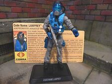 GI JOE ~ 2009 LAMPREY ~ DEFENSE OF COBRA ISLAND ~ 100% complete w/ FILE CARD BAT