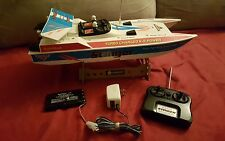 RadioShack Stinger RC Boat / Battery and Charger Works Great!!