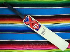 Signed GLENN MCGRATH X-Factor Cricket Bat COA Australia 2016 2017 Shirt Jersey