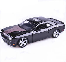 1:24 Maisto DODGE Challenger SRT8 Diecast Assembly Line Model Car New in Box