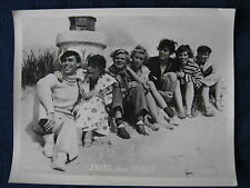 Kinoaushangfoto / lobby card  Insel ohne Moral  Gruppenfoto