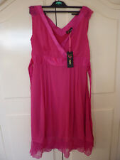 New with tags NWT Yumi pink dress smart/ formal/ cocktail. Size S