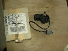 MERCEDES TRUCK MODEL 619 2222K HEADLIGHT WIPER MOTOR LHS A 0048202342