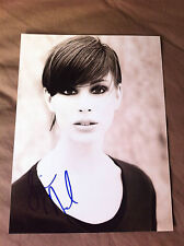 Autographe Diane Neal - Law & Order SVU - Signed in person