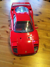 ORIGINALE POCHER FERRARI f40 scale 1:8 ROSSO MODELLO DI AUTO FERRARI F 40 model car red